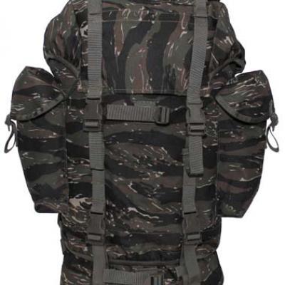 BW típusú hátizsák tigriscsíkos